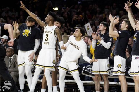 Wichita State sneaks back into national polls after 2-game winning streak