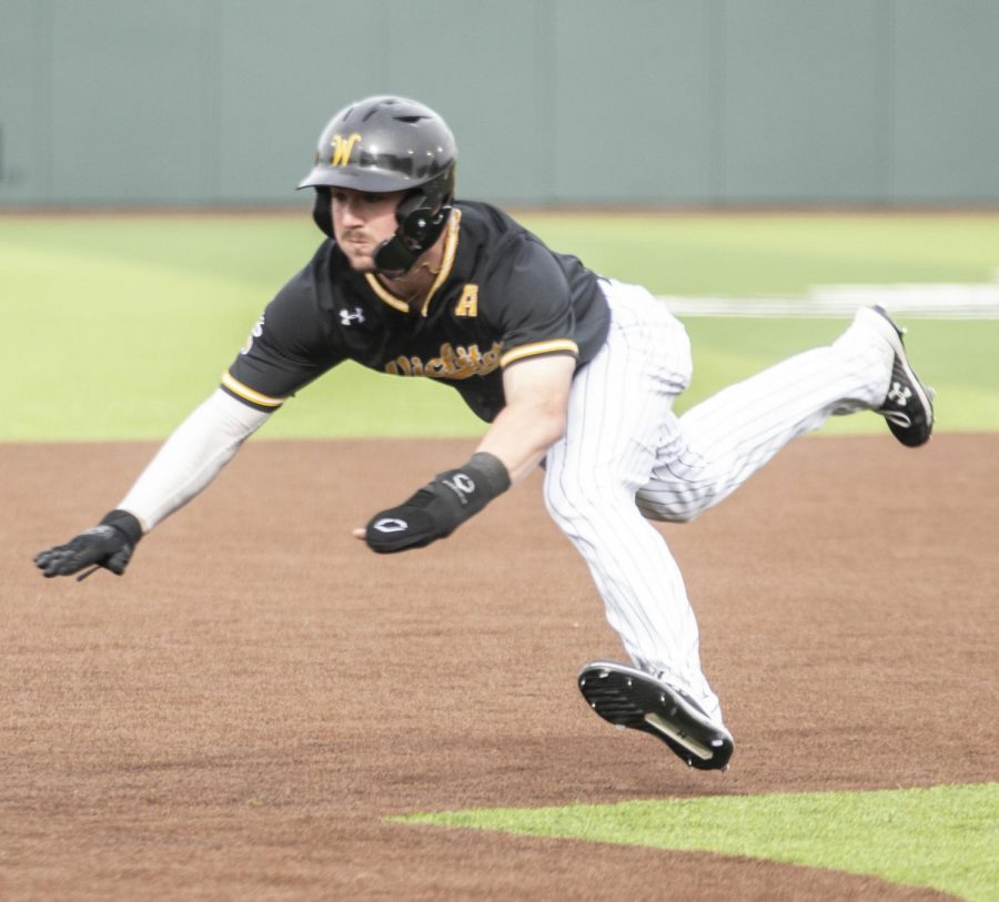PHOTOS: Shockers tame Falcons, move winning streak to 9 games