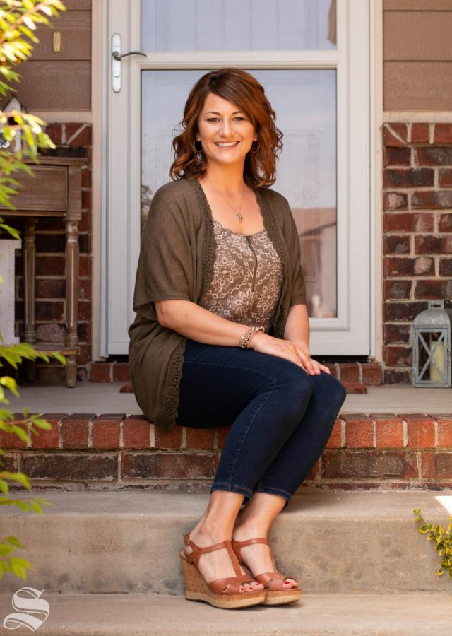 Jennifer Morris is a senior majoring in arts secondary history and government education.