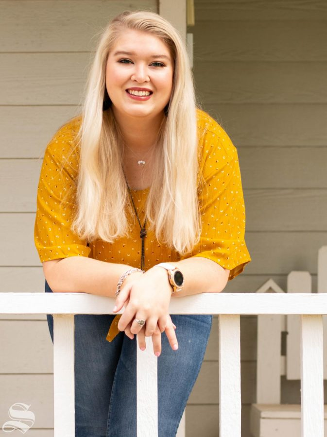 Emily Thon is a senior majoring in psychology with a minor in human resource management.