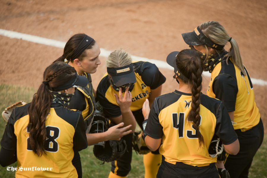 PHOTOS: Black Team hangs on to win the sixth Black and Yellow scrimmage of the year