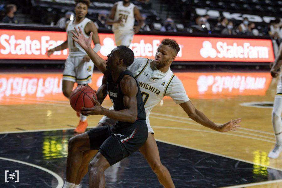 Wichita+State+junior+Dexter+Dennis+plays+defense+during+the+game+against+the+Cincinnati+Bearcats+at+Charles+Koch+Arena+on+Jan.+10.
