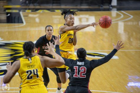 Wichita State junior Asia Strong makes a pass during the game against Temple on Feb. 5 at Koch Area.