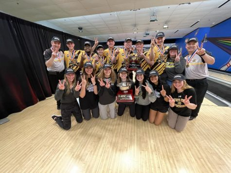 Wichita State Bowling sweeps national championships