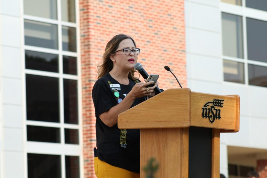 Jessica Provines, a faculty member at Wichita State talks about her involvement with students mental health awareness. Suspenders4Hope hosted a run/walk event at the Wichita State Student Rhatigan Student Center. After the run the event had five guest speakers to talk about mental health awareness on Sept 11.
